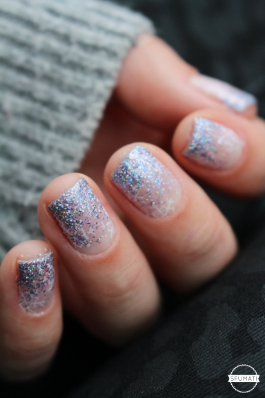 nail-art-flocons-paillettes-3