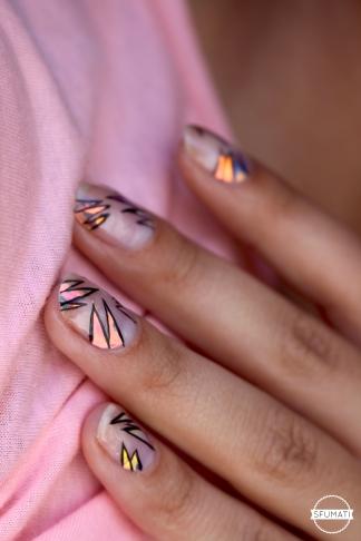 nail-art-tendance-holographique-6