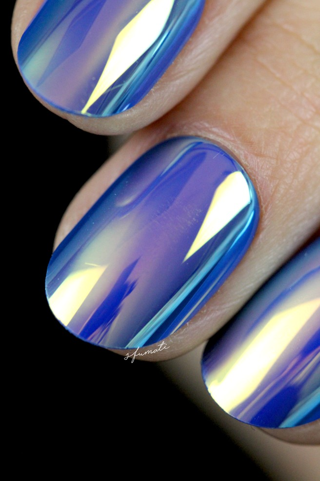 ongles-holographiques-10