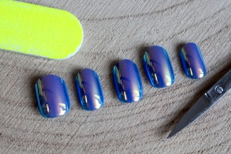 ongles-holographiques-8