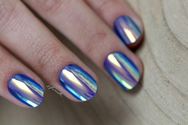 ongles-holographiques-9